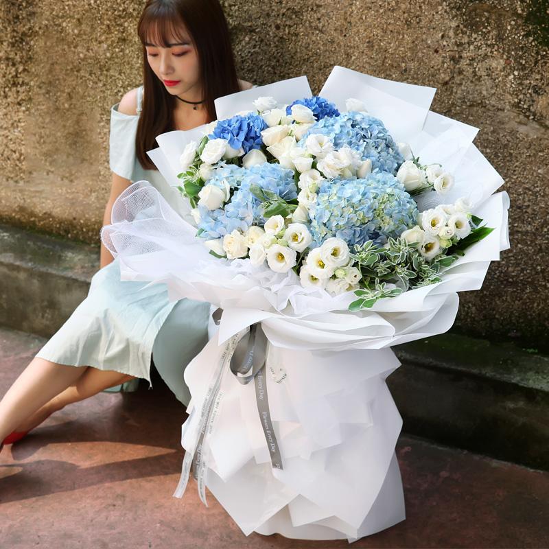 520送女朋友的礼物_送鲜花最让她心动