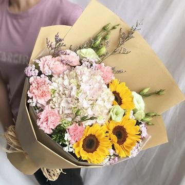 知心祝福-向日葵+康乃馨混搭