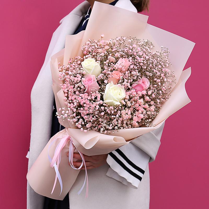 花开漫恋-6朵玫瑰+满天星韩式混搭-鲜花定制