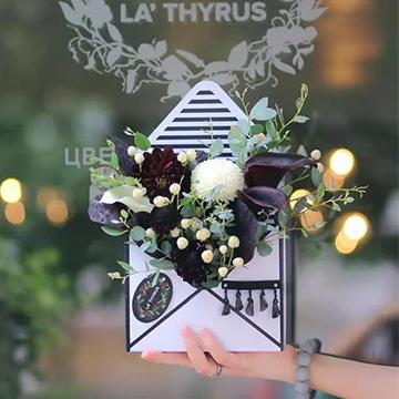 七夕情人节上海哪家花店买花可以送花上门呢?