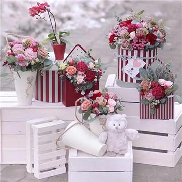 精美花盒插花