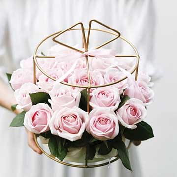 粉玫瑰铁艺花