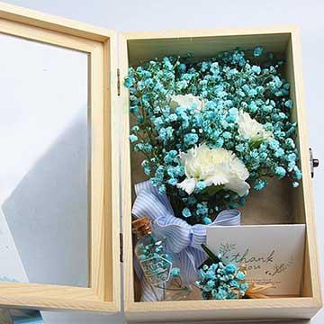 蓝色满天星花盒