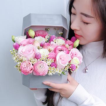 精美混色花盒