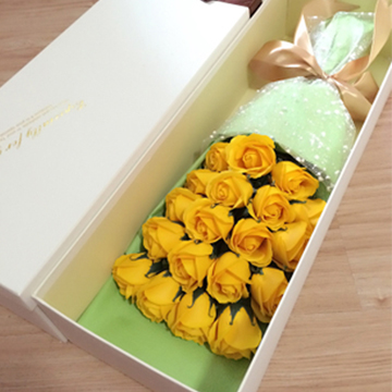 黄玫瑰花盒