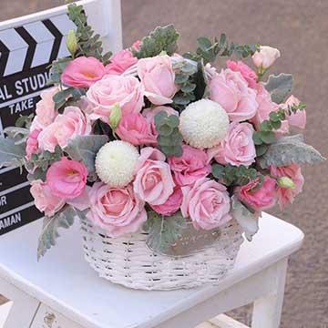 粉玫瑰花篮