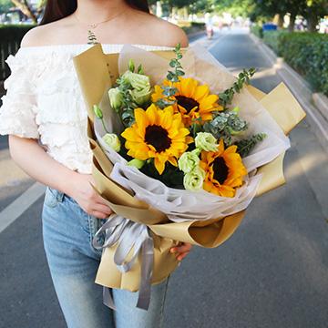 3朵向日葵花