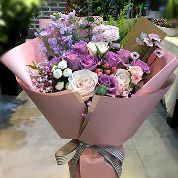 紫罗兰花束