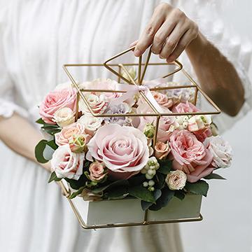 铁艺粉玫瑰花