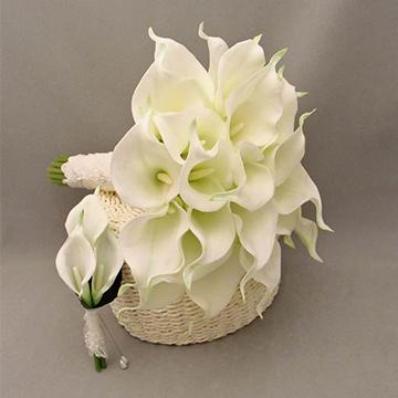 白色马蹄莲花束
