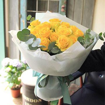 11朵黄玫瑰