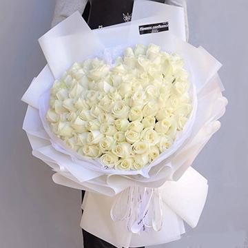 99朵白玫瑰花