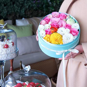 混搭鲜花花盒