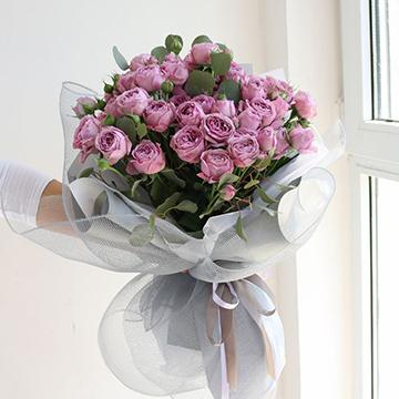 33朵紫玫瑰花