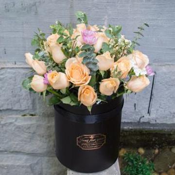 香槟玫瑰花