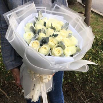 16朵白玫瑰代表什么
