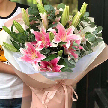 9朵百合花