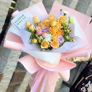 香槟玫瑰花束