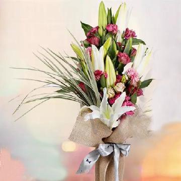 百合花花束