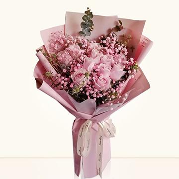11朵粉玫瑰的花语