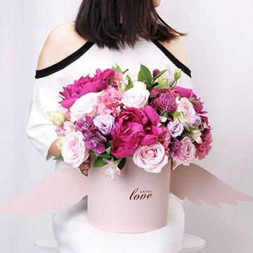 混搭玫瑰抱抱桶花