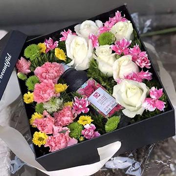 白玫瑰花盒