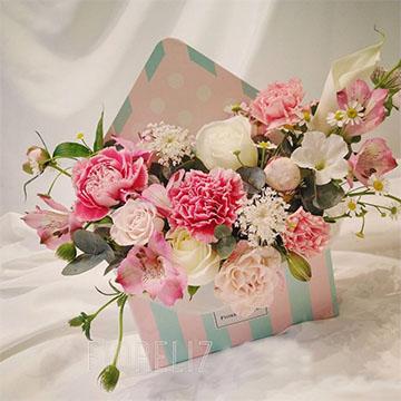 康乃馨精美花盒