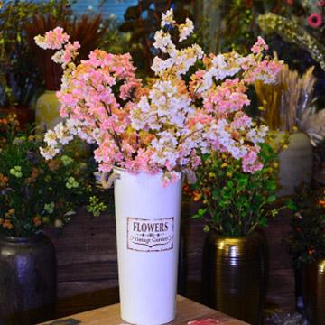 樱花瓶插花