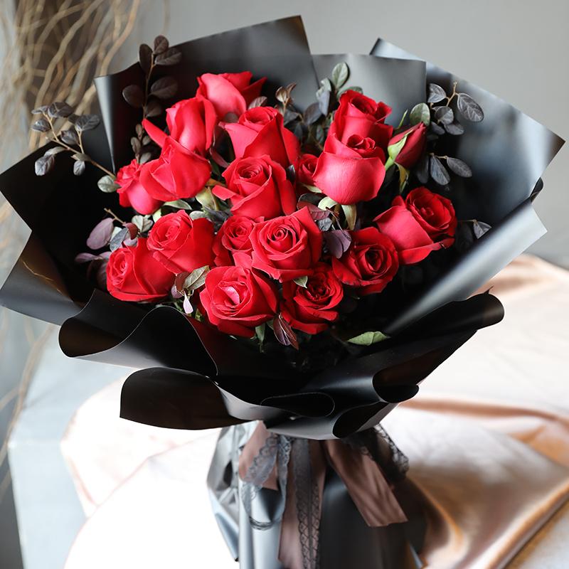 [送花常识]七夕情人节玫瑰花送几朵好?七夕情人节不要送错玫瑰朵数闹分手!