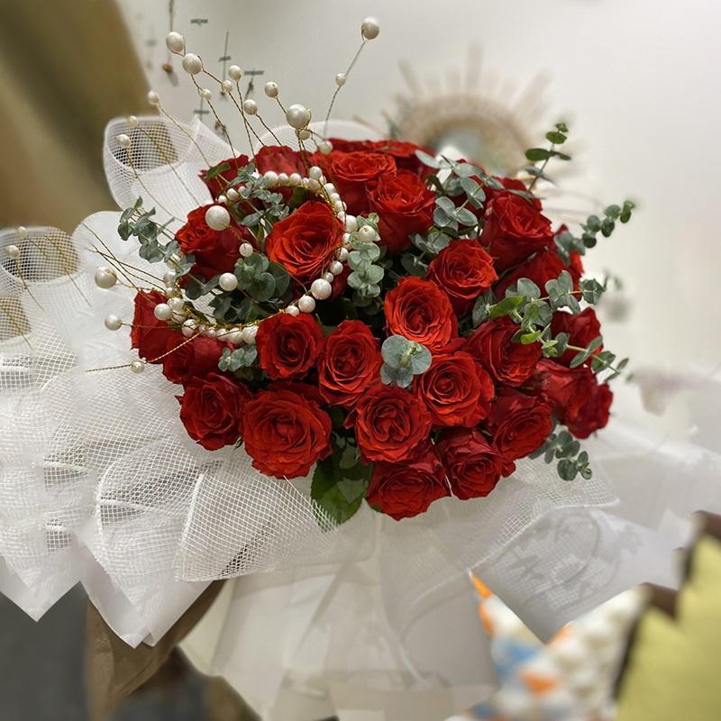 送花要注意什么?如何给老人 爱人 朋友送花?