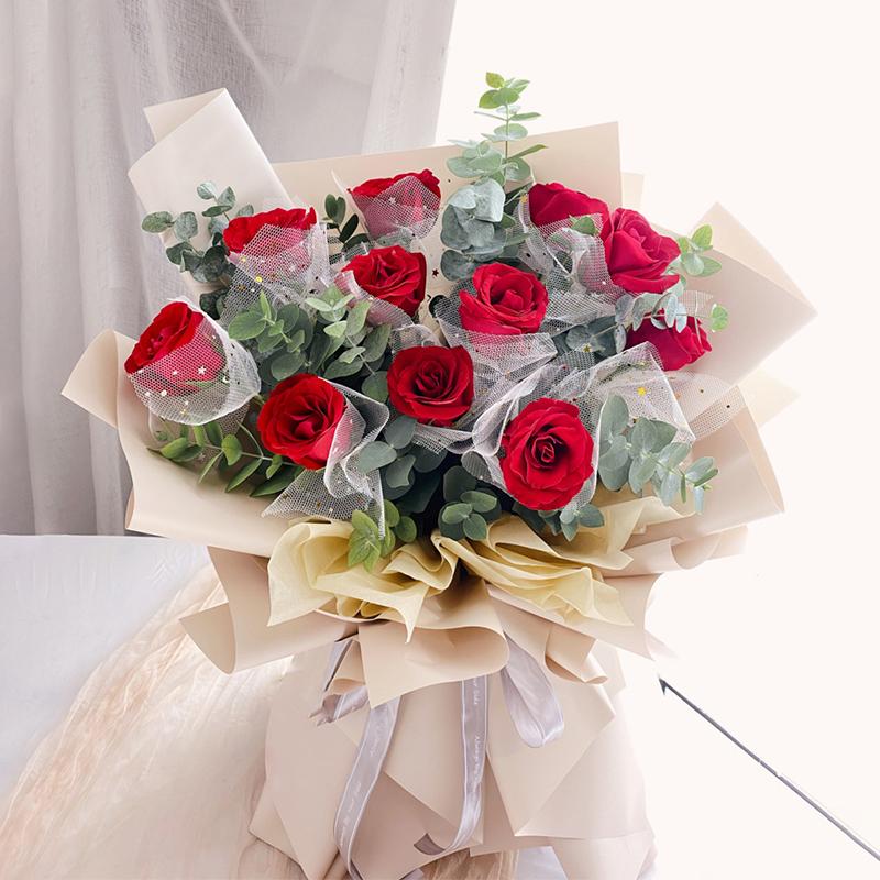 亲爱的你-11朵红玫瑰