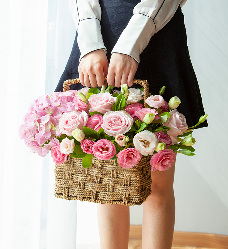 好时光-精美手提花篮给生病住院的老师送花,可以买什么花?