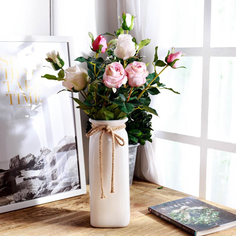 花店揭秘插花作品中的鲜花怎么样保鲜