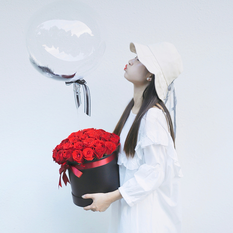 告白气球-33朵红玫瑰网红抱抱桶