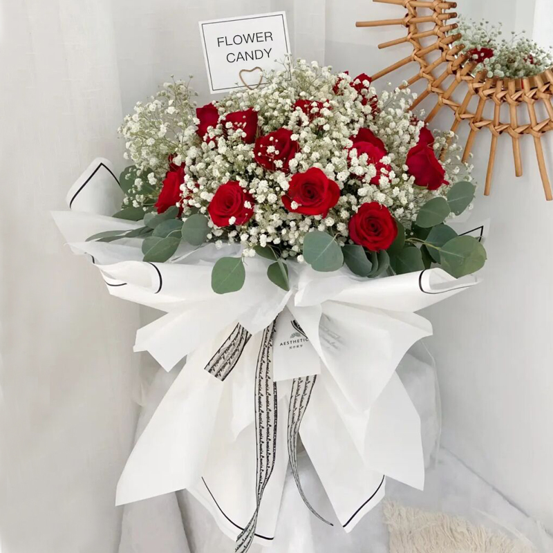 浅语花开-11朵红玫瑰 南京鲜花店哪家可以网上订花?同城花店鲜花大概多久能送到