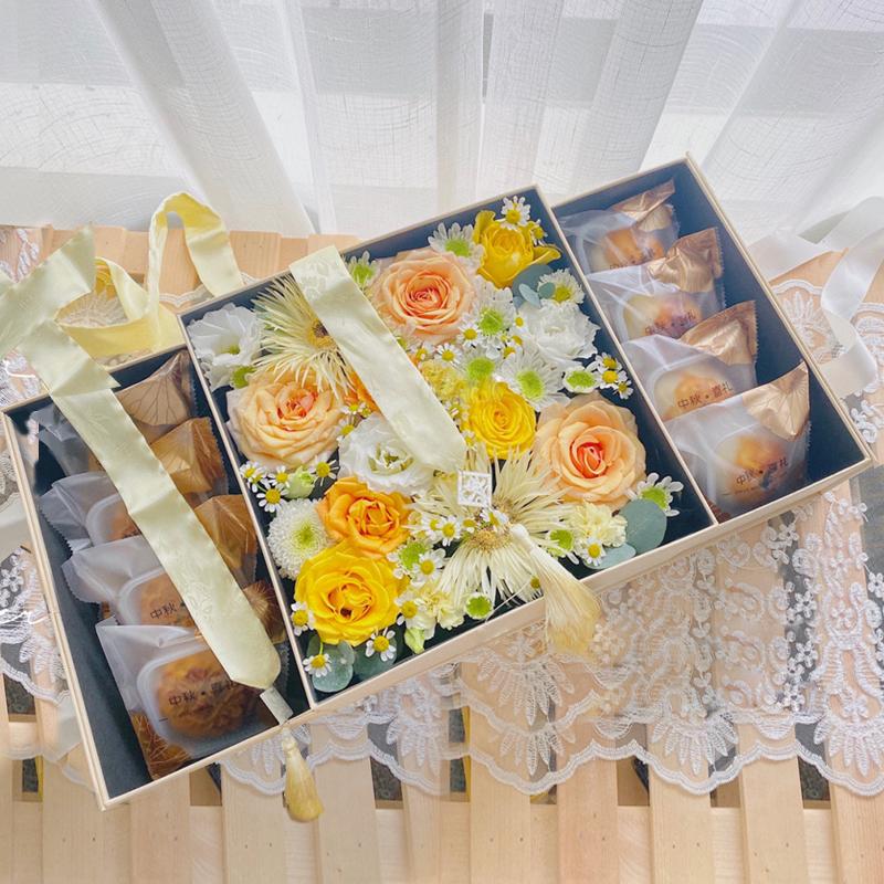 花好月圆-中秋月饼鲜花礼盒 中秋节送什么礼物好?太仓网上订鲜花去哪个鲜花网站好