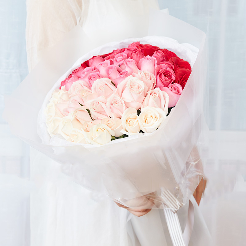 风中芭蕾-51朵混色玫瑰 妈妈生日您有没有留意她的星座来送花?嘉峪关鲜花店节日送花app哪家好
