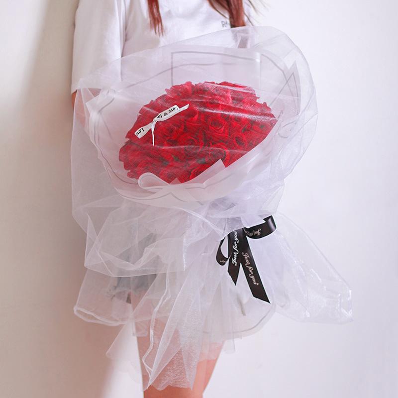 我如此爱你-33朵红玫瑰 光棍节适合送什么礼物?哪个网上订花app的信誉好