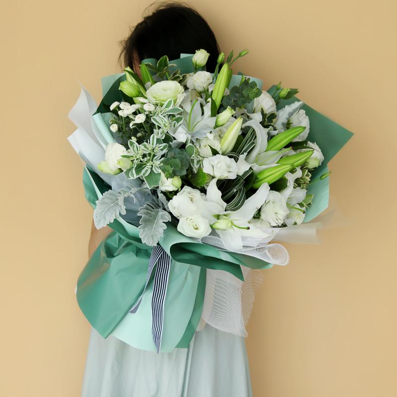 花开富贵-白百合+桔梗混搭花束
