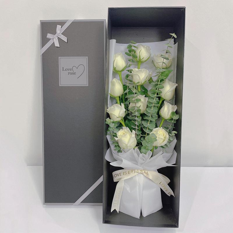 纯洁的爱-11朵白玫瑰