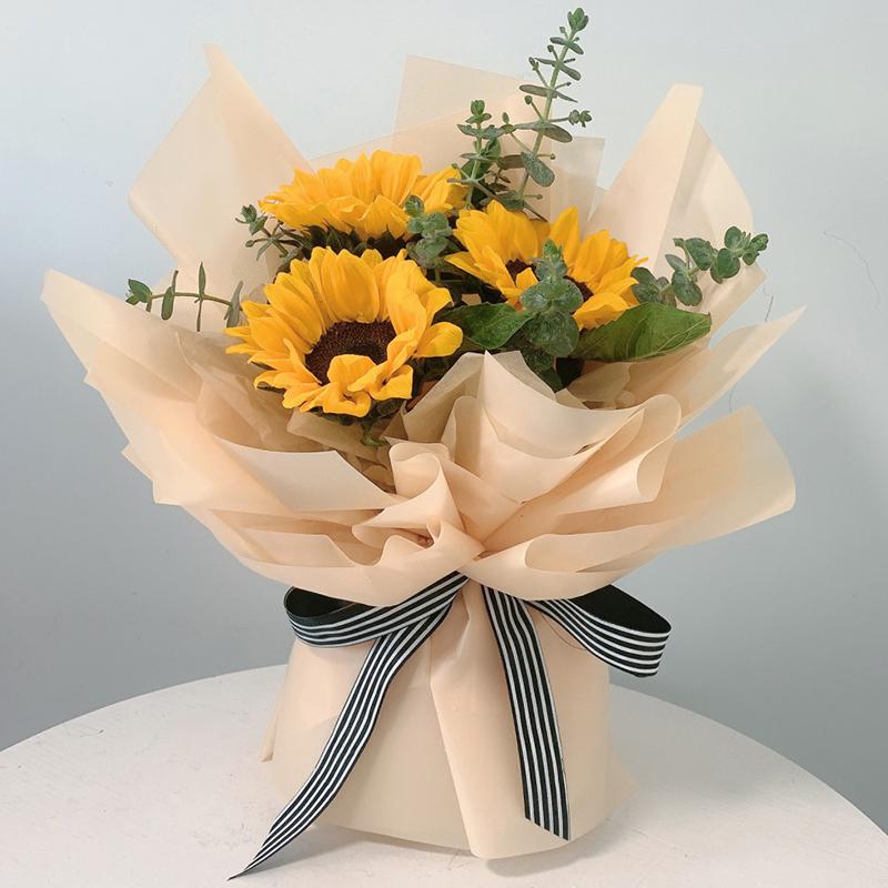 灿烂晴天-3朵向日葵花束 儿子生日送鲜花哪些合适?东营网上鲜花店哪家好