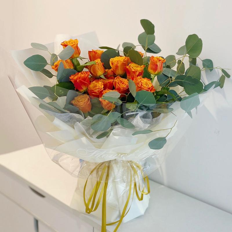 我只在乎你-19朵火焰玫瑰 珍珠婚适合送什么花束?安庆花店网上买花app靠谱吗
