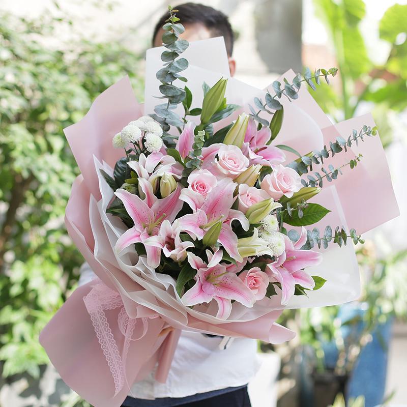 温暖常伴-粉玫瑰+粉百合混搭 常州鲜花速递app哪家服务好?45岁女领导生日可以送哪些鲜花
