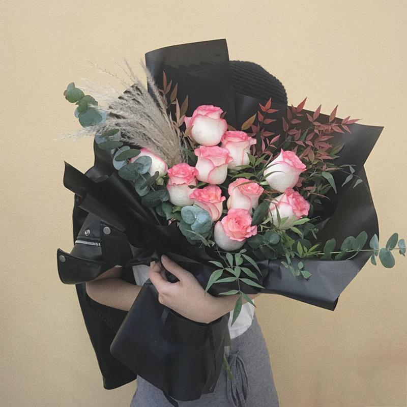 青春之歌-10朵甜心玫瑰 女儿十八岁生日父母可以送什么礼物表示?南平鲜花店哪家性价比高