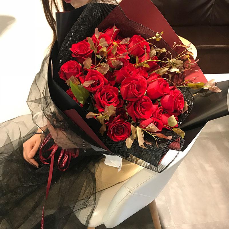 一往深情-19朵红玫瑰 南阳网上订花哪个app好?恋人100天纪念日送哪些鲜花比较好