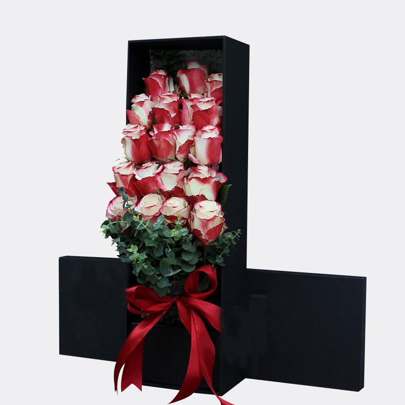 飞花似梦-19朵进口厄瓜多尔甜心玫瑰 博乐鲜花店哪家好?2021年圣诞节送男生什么礼物