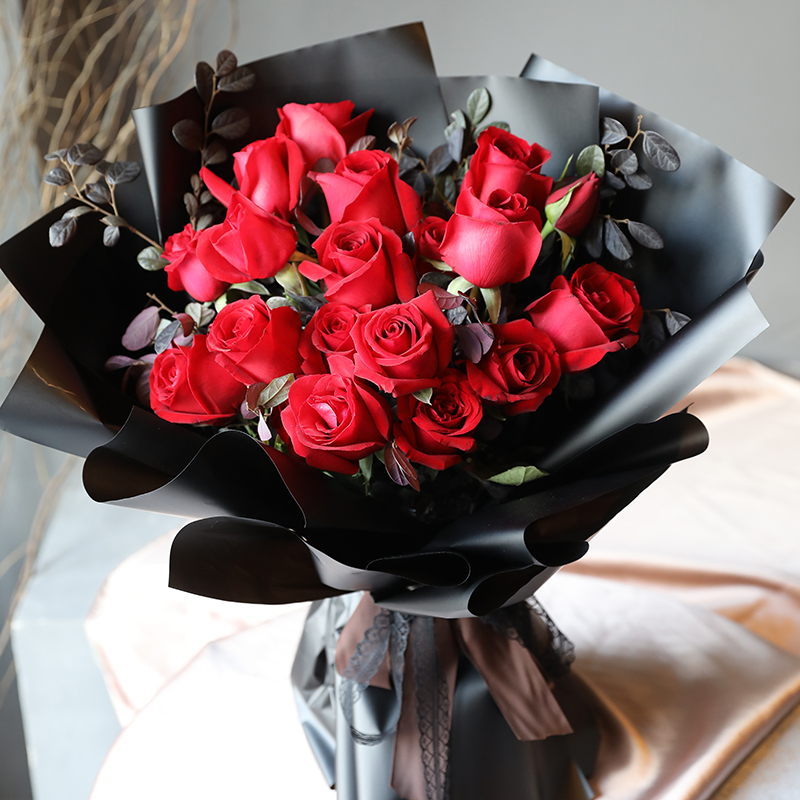 一见倾心-19朵红玫瑰