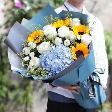 迎接幸福-向日葵+白玫瑰混搭