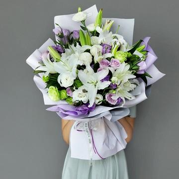 欣欣向荣-白百合+紫玫瑰混搭