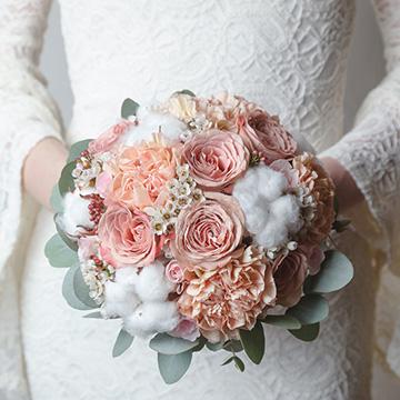 你是对的人-新娘手捧花